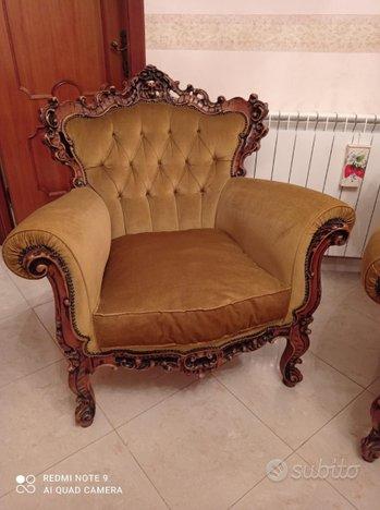 Poltrone più sedie stile barocco