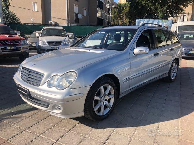 Mercedes C220 - 2004