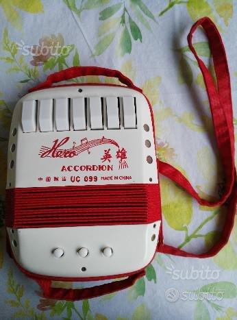 Mini fisarmonica vintage per bambini