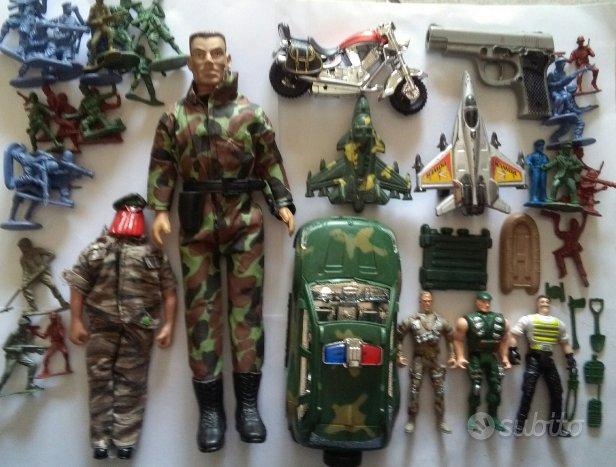 Lotto soldati grandi e soldatini con macchina 40pz