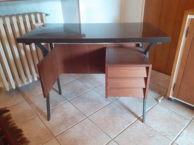 Scrivania e sedie vintage - Arredamento e Casalinghi In ...