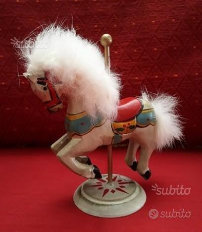 Cavallino giostra in legno (vintage)