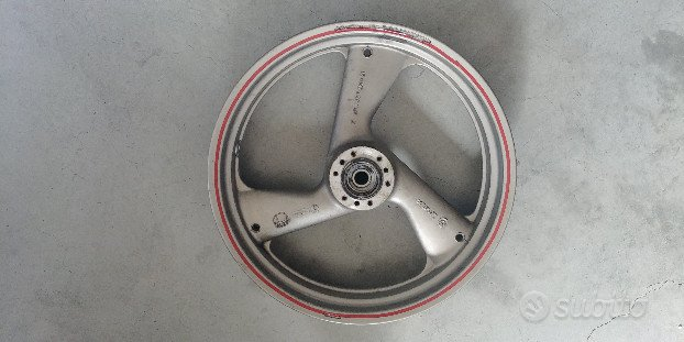 Cerchio anteriore Ducati Monster 600/750/900