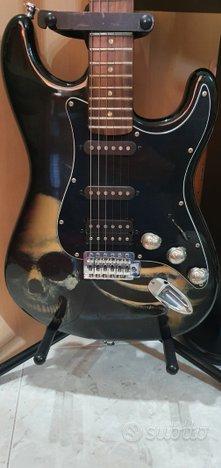 Chitarra elettrica stratocaster skul base fender