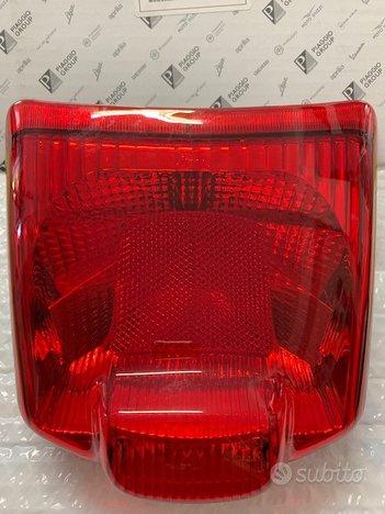 Fanale posteriore Vespa GTS