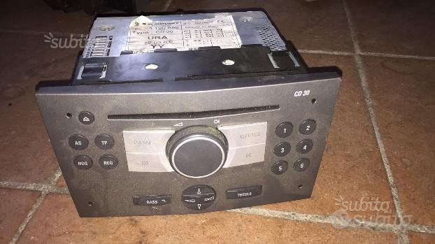 Auto radio per opel astra h anno 2005