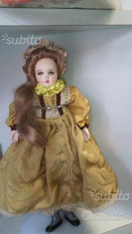 Bambola porcellana