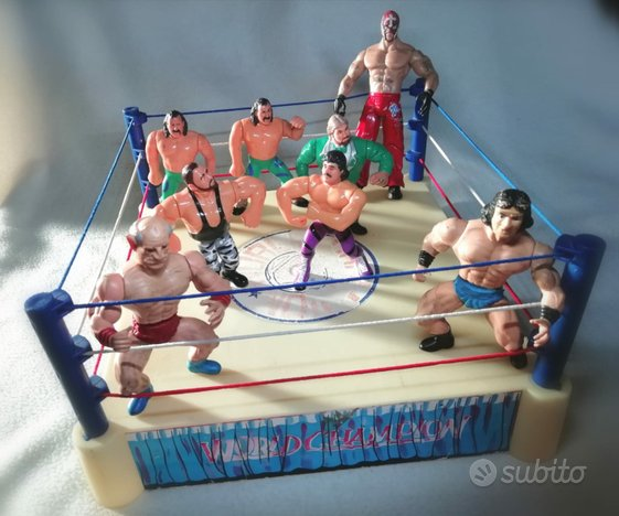 Wrestling Ring con 8 Action Figure