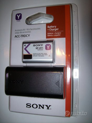 SONY batteria NP-BY1 + Kit accessori Action Cam Mi