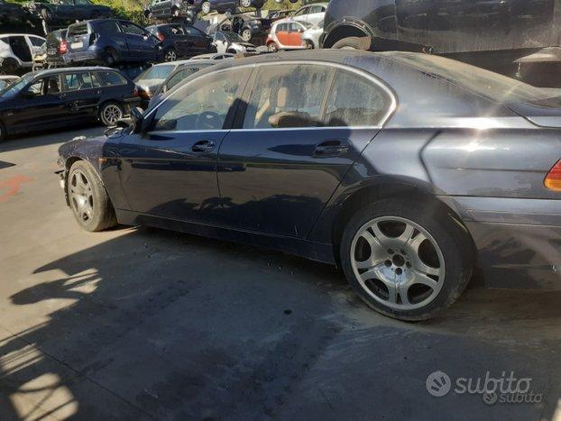 Ricambi - BMW Modello 730 - Anno 2003