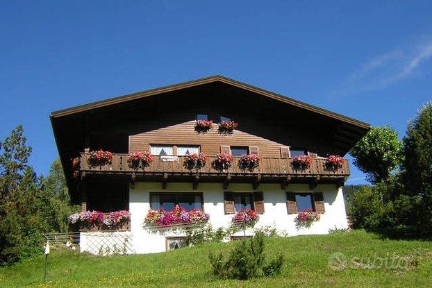 Dobbiaco nel cuore delle Dolomiti