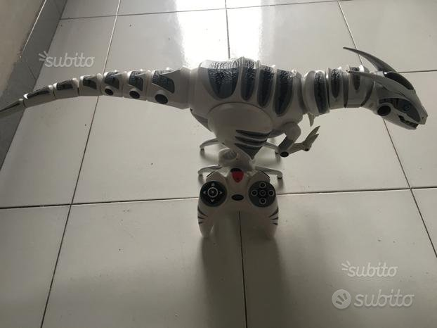 Dinosauro radiocomandato
