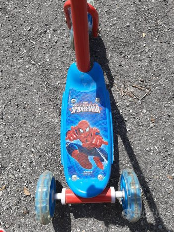 Monopattino Spiderman 2/4 anni