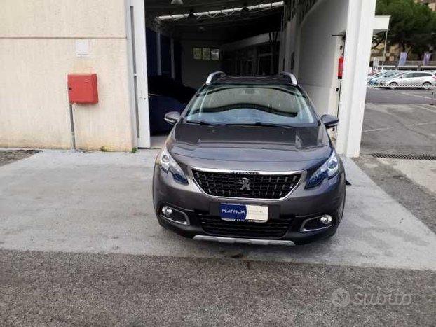 Peugeot 2008 BlueHDi 100 Allure