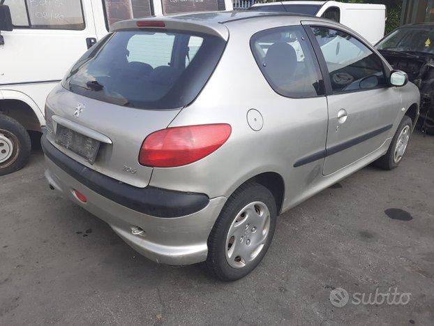 Peugeot 206 2006 1.4 8 v