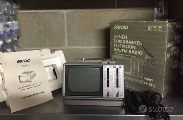 TV RADIO Irradio Melchioni Derby BT-121J vintage