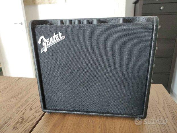Amplificatore modeler Fender Mustang LT25 mai usat