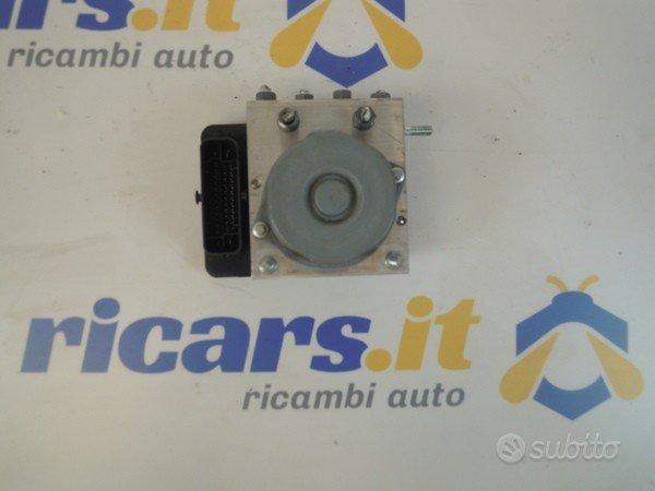 Pompa Abs Renault Captur 1.5 dci 476601283R 2013-