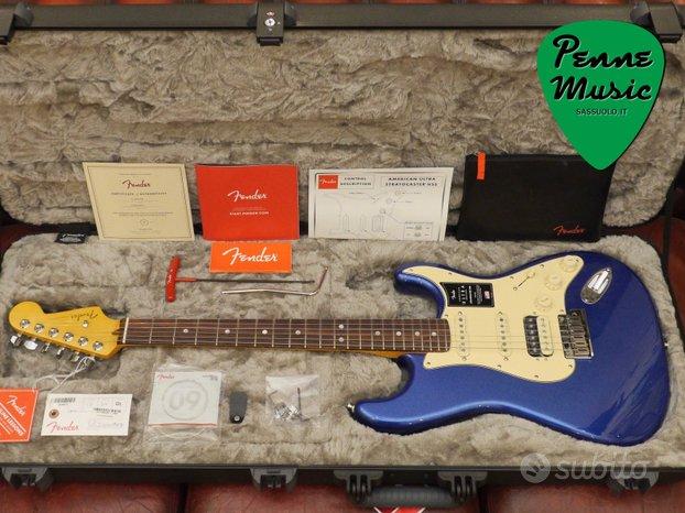 Fender Stratocaster HSS American Ultra RW
