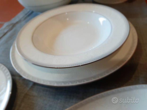 Servizio piatti nuovo porcellana giapponese Narumi