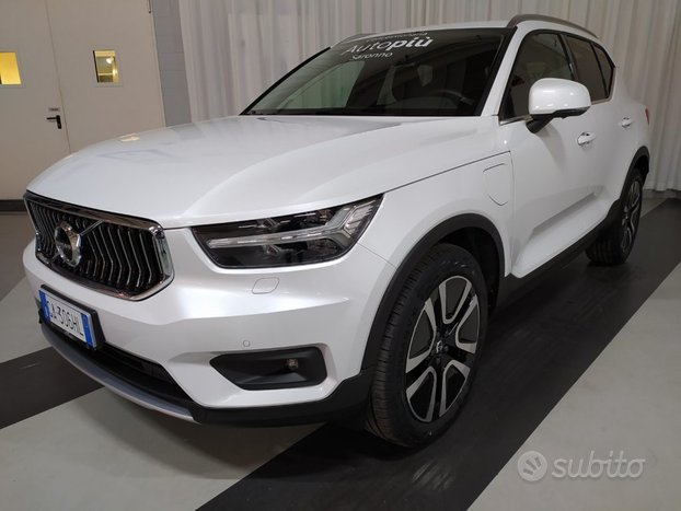 VOLVO XC40 T5 Recharge Plug-in Hybrid Inscriptio