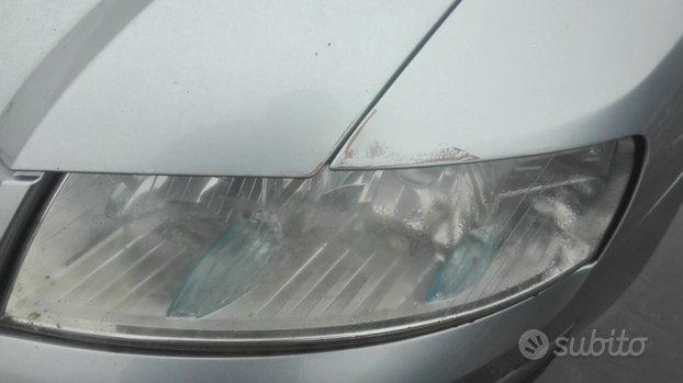 Fanale anteriore sx fiat stilo 5 p