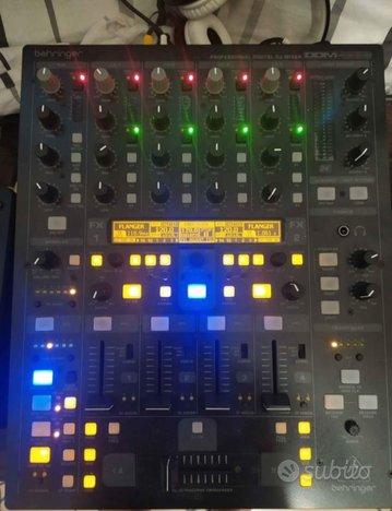 Consolle dj denon e mixer