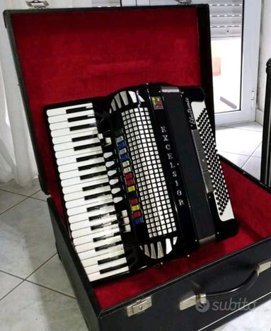 Fisarmonica Excelsior eletric 120 bassi