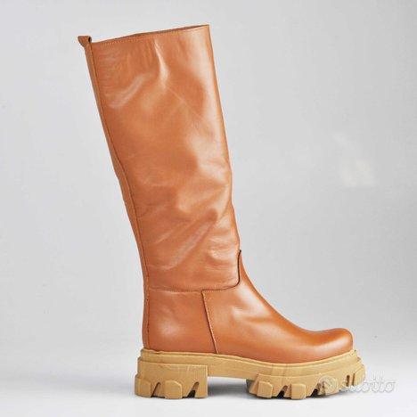 Scarpe combat boot suola alta
