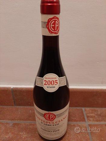 Bottiglia di vino emidio pepe 2005