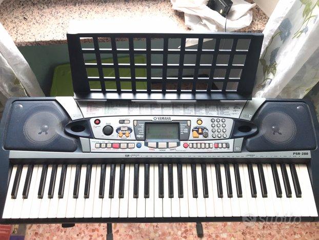 Tastiera pianola yamaha psr-280 + cavalletto