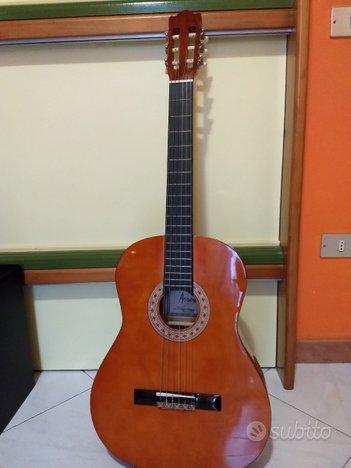 Chitarra classica arrow