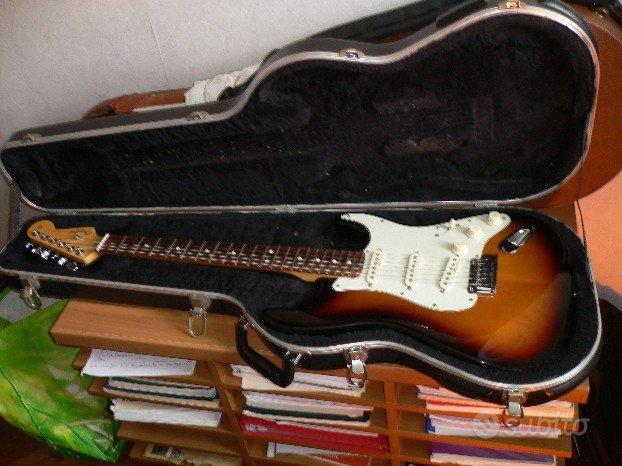 Fender Strato Deluxe 3 Sambarst Usa