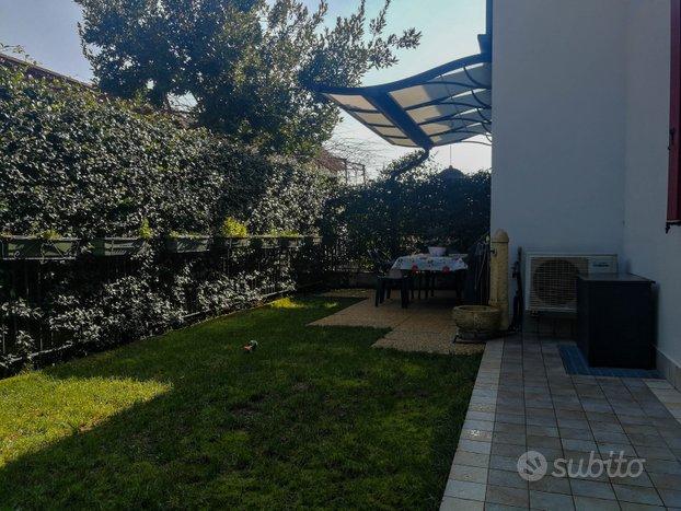 Appartamento 3 camere con giardino a Varago