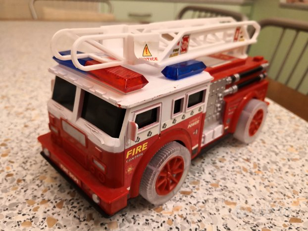 Camion dei pompieri Fire Dept