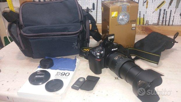 Reflex Nikon D90 + Nikkor 18-200
