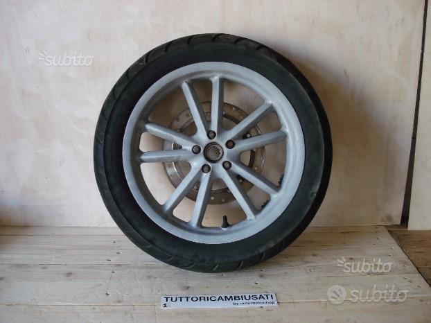 Cerchio anteriore Posteriore Beverly 125 200 250