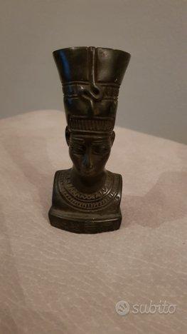 Antico egizio nefertiti pietra 1370-1330ac