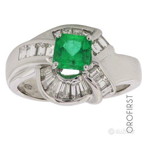 Anello oro diamanti bag 0,95ct e smeraldo 0,80ct