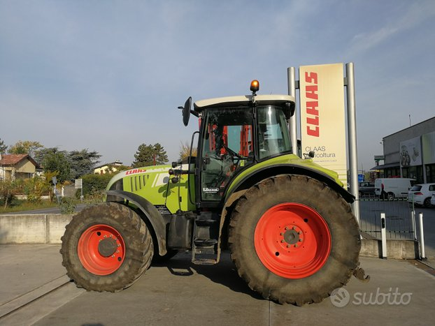 Trattore Claas Arion 640 CIS