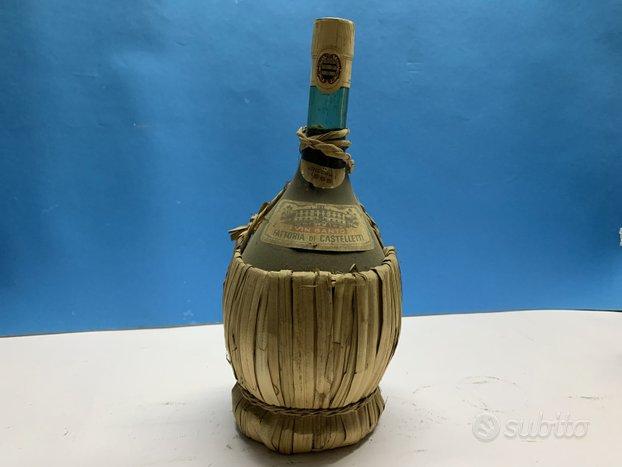 Vintage bottiglie di vino da collezione