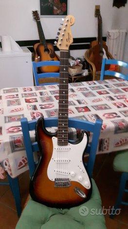 Chitarra Fender squier stratocaster Bullet series