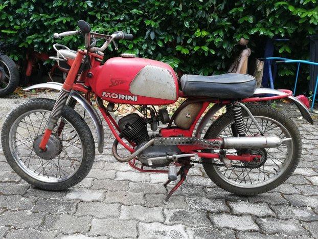 Morini Scrambler 50 cc con documenti anni 70