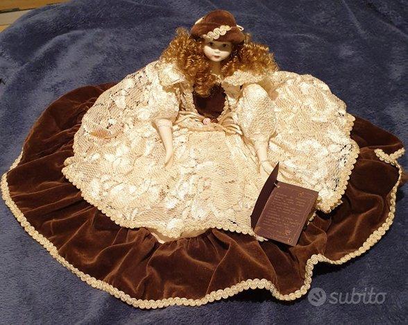 Bambola in porcellana con certificato originale Ca