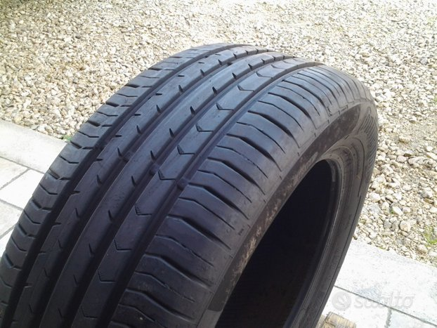 Gomme continental 215 55 17