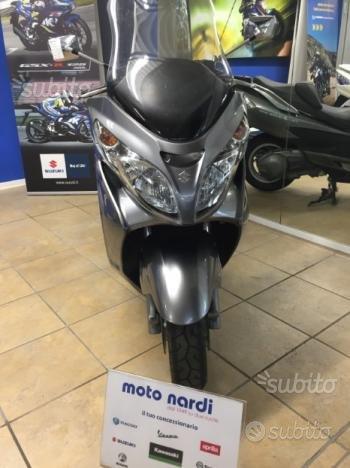 Suzuki Burgman 400 - 2009