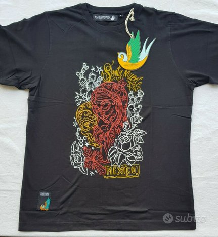 T shirt in Stock