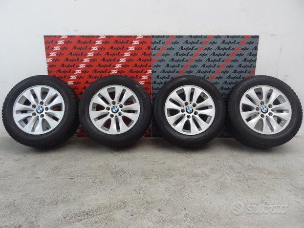 Cerchi in lega 16 BMW con differenti pneumatici