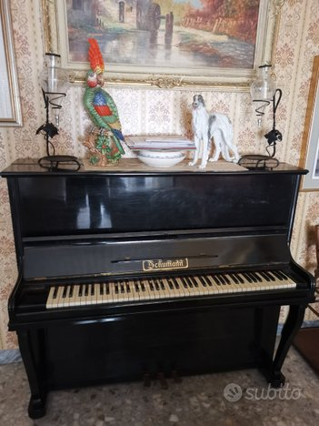 Pianoforte verticale 1955