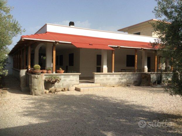 Villa 140 +200 mq.patio +10.000terreno